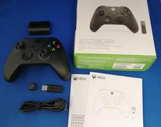 XboxコントローラーとWin10用USBレシーバーのセット|MICROSOFT