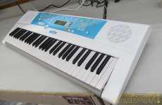 ファミリーキーボード YAMAHA