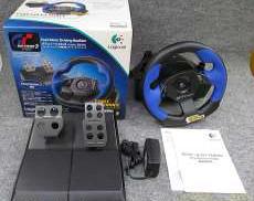 「PS2専用」のステアリングコントローラー|LOGICOOL