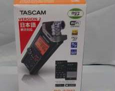 スタジオアクセサリ関連 TASCAM