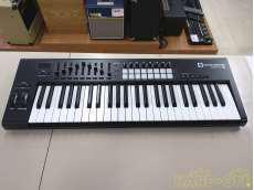MIDIキーボード コントローラー NOVATION