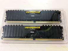 CORSAIR DDR4 16GB|CORSAIR