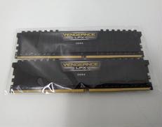 DDR4 メモリ|CORSAIR