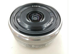 Eマウント用広角単焦点レンズ|SONY