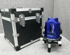 レーザー墨出し器|ムラテック