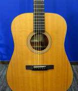 アコースティックギター LARRIVEE