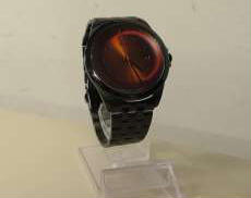 クォーツ・アナログ腕時計 KTX
