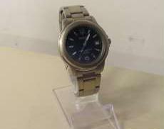 クォーツ・アナログ腕時計 DELICES