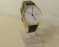 クォーツ・アナログ腕時計 VW VOID