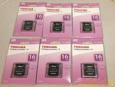 SDHCカード TOSHIBA