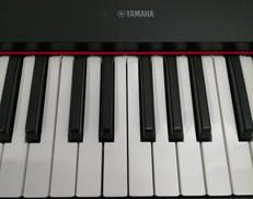 PIAGGERO NP-32/電子キーボード YAMAHA