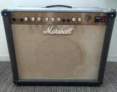 ギターアンプ/真空管/コンボ MARSHALL