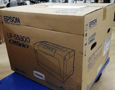 A3対応カラーレーザープリンター EPSON