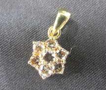 K18 ダイヤモンド付ネックレストップ|NO ID