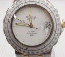 クォーツ・アナログ腕時計|BULOVA