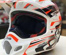 オフロードヘルメット ARAI