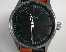電池切れ ブラックセントリー38|NIXON