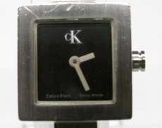 クォーツ・アナログ腕時計 CK