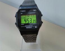 クオーツ・デジタル時計 TIMEX