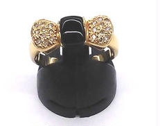 K18リング(リボン) 宝石付きリング