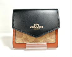 三つ折り財布|COACH