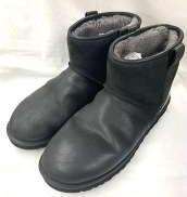 ブーツ UGG