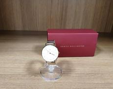 腕時計 DANIEL WELLINGTON