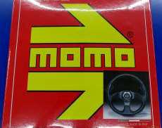 未使用品! MOMOステアリング 32φ MOMO