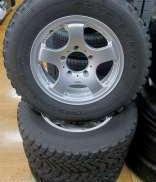オフセット+20の16インチ:タイヤセット TOYO