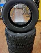 未使用品 225/55R17 スタッドレスタイヤ 4本|PIRELLI