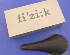 fi'zi:k フィジーク VOLTA R3 ブラック FIZIK
