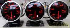 Defi インマニ・油温・油圧3連メーター レーシーなレッド|DEFI