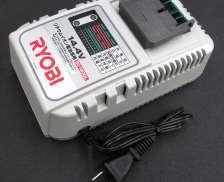リチウムイオン専用充電器|RYOBI