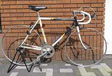 ロードバイク FUJI