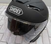 ヘルメット SHOEI
