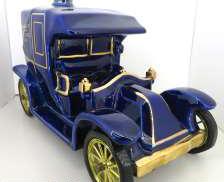 ルノー カルトノアール エクストラ 車型|RENAULT