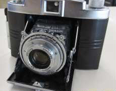 コンパクトフィルムカメラ KONICA