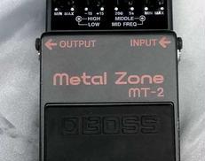 BOSS MT-2 BOSS
