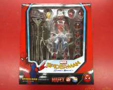 MAFEX スパイダーマン ホームカミング MEDI COM TOY