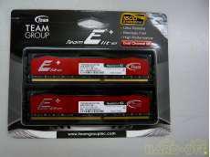未開封 8GB DDR3メモリ ペア|TEAM GROUP
