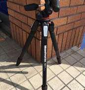 カメラ用三脚 MANFROTTO
