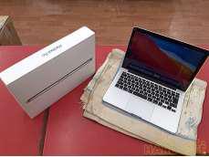 Macbook Pro 13.3インチ|APPLE