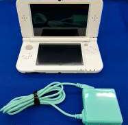 ニンテンドー 3DSLL|