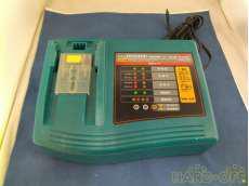 電動工具用充電器 MAKITA