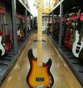 ベースギター・エレキベースその他|G&L