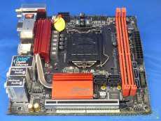 Intel対応マザーボード ASROCK