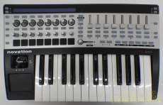 MIDIフィジカルコントローラー NOVATION