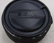 標準・望遠単焦点レンズ|SIGMA