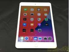 iPad mini 64GB Docomo 第5世代|APPLE