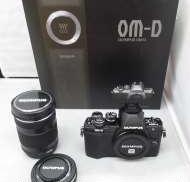 OM-D E-M10 Mark II ダブルズームキット|OLYMPUS
